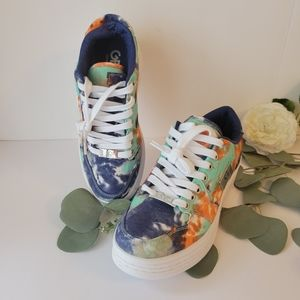 G by Guess GBG Los Angeles Rigster 3 tye dye sneakers size 6M